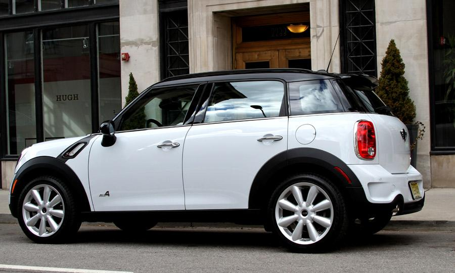 mini-cooper-s-countryman-all4-02.jpg